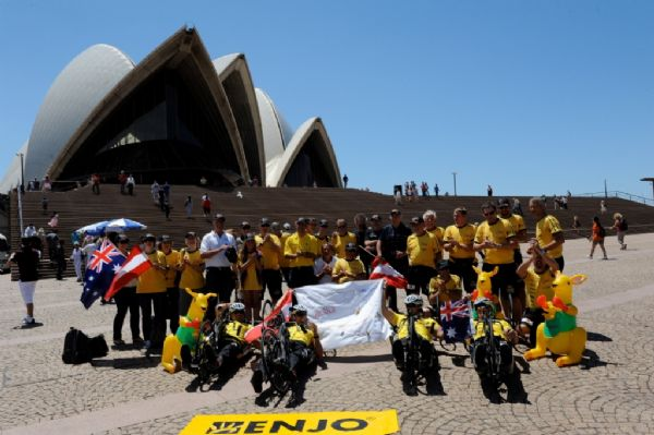 Perth Tranny begleitet 24 Stunden